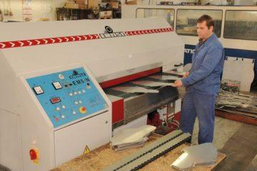 Blechentgratmaschine, max. Arbeitsbreite 1400 mm